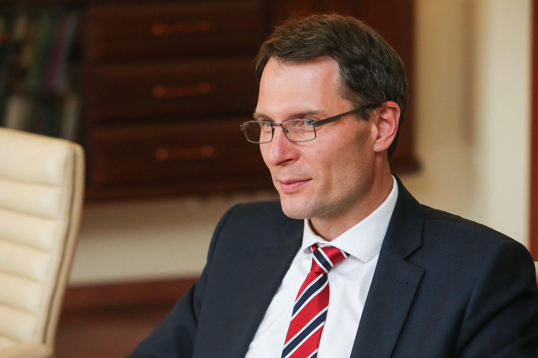 Teisingumo ministras: nevertėtų grąžinti galimybę verslui finansuoti politikus