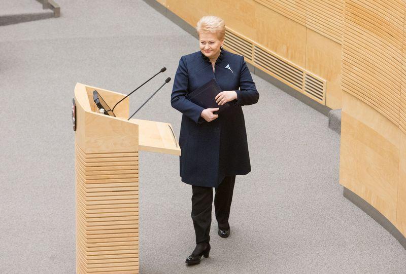 Kol kas nėra garantijų, kad prezidentė Dalia Grybauskaitė be prieštaravimų pasirašys visą iš Seimo gautą mokestinių pokyčių paketą. Juditos Grigelytės (VŽ) nuotr.