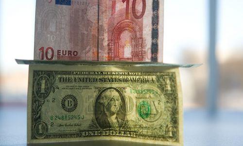Euras darda žemyn: kas judinapagrindinę valiutų porą