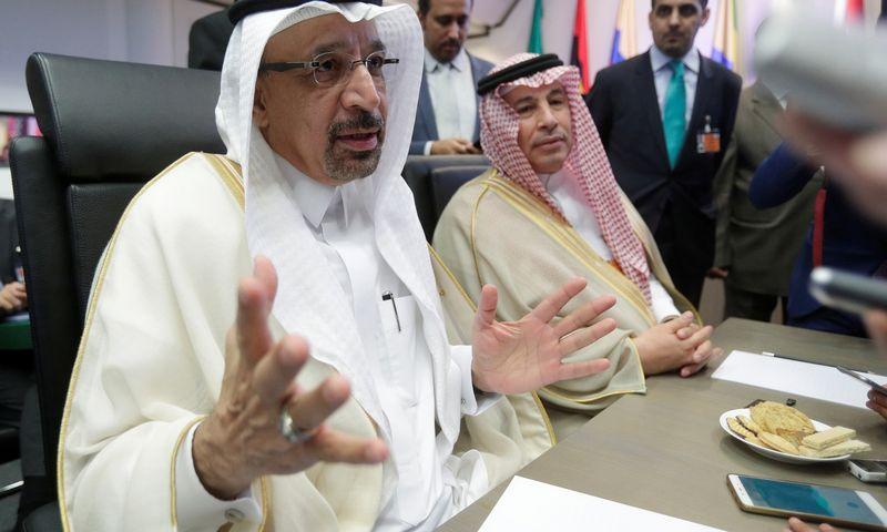 "Saudo Arabijos naftos ministras Khalidas al-Falihas. Heinzo-Peterio Badero (""Reuters"" / ""Scanpix"") nuotr."