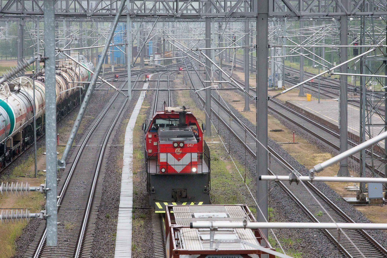 """""""Lietuvos geležinkelių"""" strategija: iš kur paimti krovinių ir keleivių"""