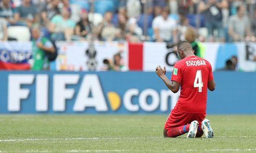 Sekmadienio futbolas: šeši anglų įvarčiai ir Lenkijos pralaimėjimas