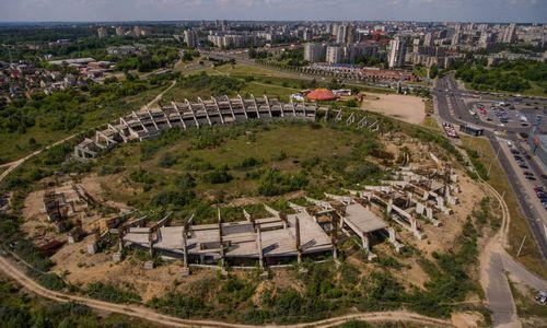 """""""Axis industries"""" nacionalinio stadiono statyboms pinigų nebereikalaus iš anksto"""