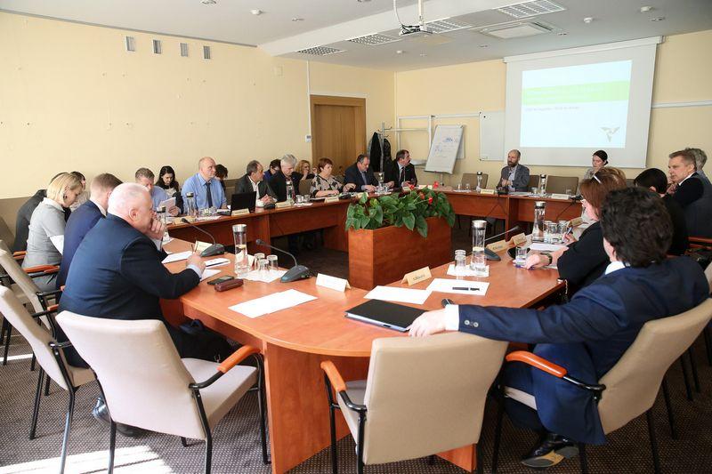 Trišalės tarybos posėdis. Vladimiro Ivanovo (VŽ) nuotr.