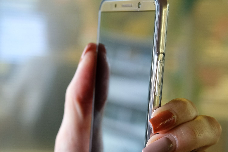 Liko 48 valandos pasikeisti SIM korteles su m. parašu
