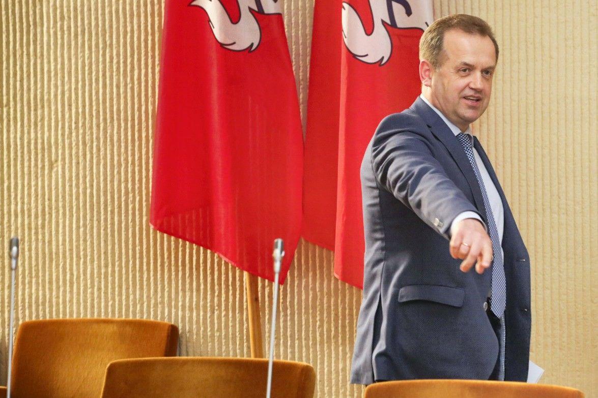 Skardžiaus apkaltos nebus: parlamentas pritarė komisijos išvadoms