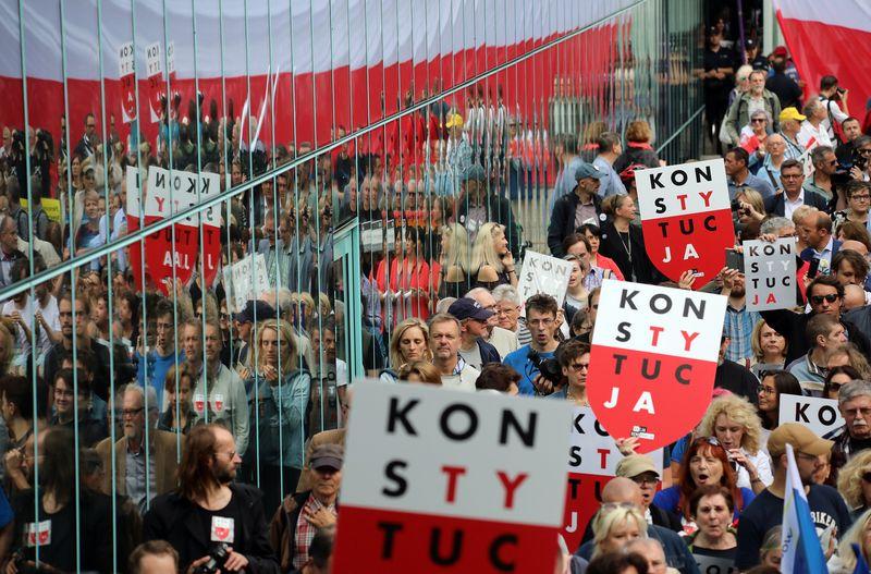 """Protestai Lenkijoje. Slawomiro Kaminskio (""""Reuters"""" / """"Scanpix"""") nuotr."""