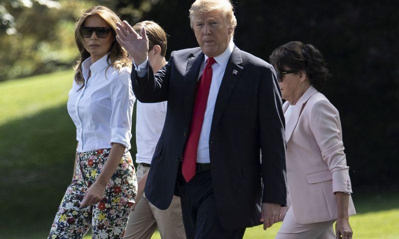 """Donaldas Trumpas atrodo linkęs tiksliai atkartoti tarpukario prekybos politiką. Toyos Sarno (""""Sipos"""" / """"Scanpix"""") nuotr."""