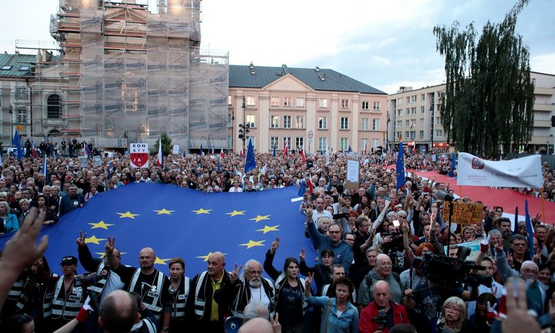 """Protestai Lenkijoje. Dawido Zuchowiczio (""""Reuters/ Scanpix"""") nuotr."""