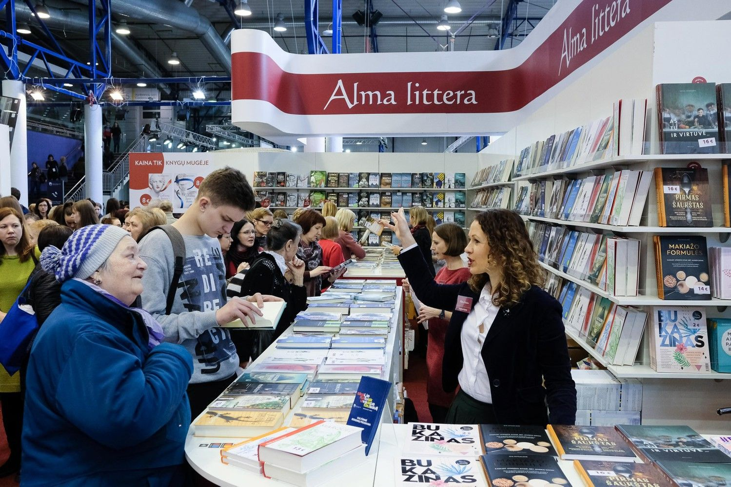 """""""Alma litteros"""" apyvarta pernai augo iki 33 mln. Eur"""