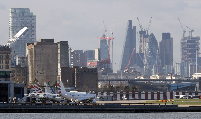 Siekiama, kad atsirastų skrydis iš Vilniaus į Londono Sitį