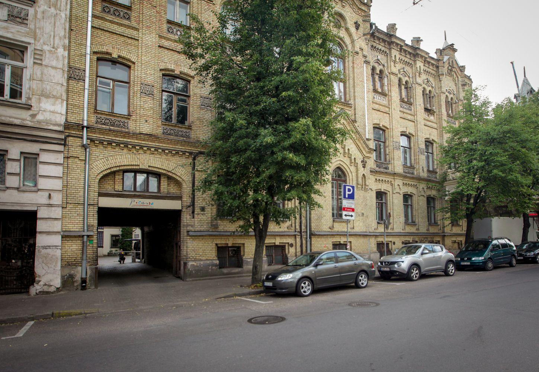 Neogotikinis pastatas Vilniaus centre turi naują šeimininką