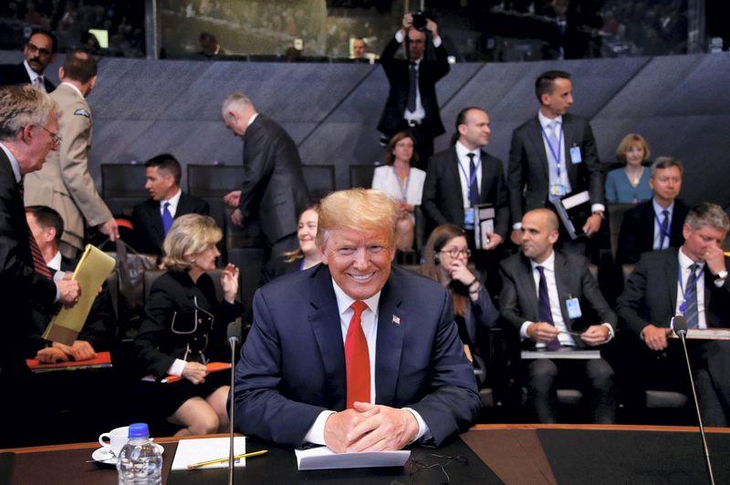 """Donaldas Trumpas, JAV prezidentas, NATO viršūnių susitikime Briuselyje. Francois Lenoir (""""Reuters"""" / """"Scanpix"""") nuotr."""