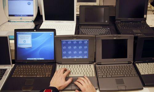 Pasenę kompiuteriai augina darbuotojų kaitą
