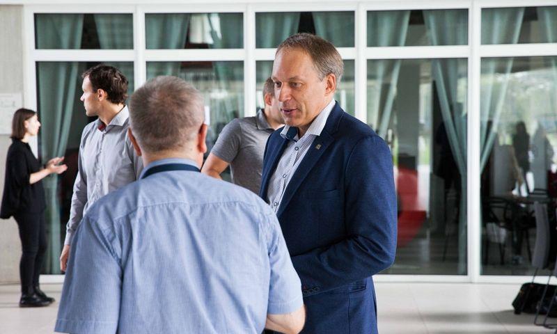 Eugenijus Valatka, naujasis Kauno technologijos universiteto rektorius, sakosi esąs dialogo žmogus. Kauno technologijos universiteto nuotr.