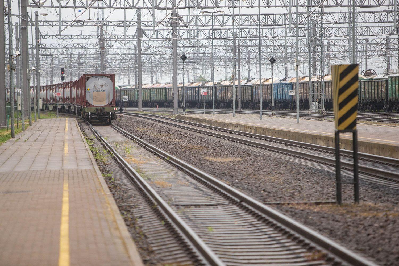 """Pasirašytas trečiasis susitarimas dėl CEF dotacijos """"Rail Baltica"""" projektui"""
