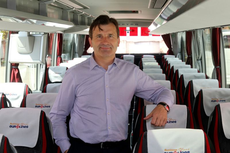 """Gintautas Pakusas, UAB """"Kautra"""" rinkodaros direktorius: """"Konkuruojame ne tik su kitomis įmonėmis, vežančiomis keleivius autobusais, bet ir su pigių skrydžių bendrovėmis."""" Algimanto Barzdžiaus nuotr."""