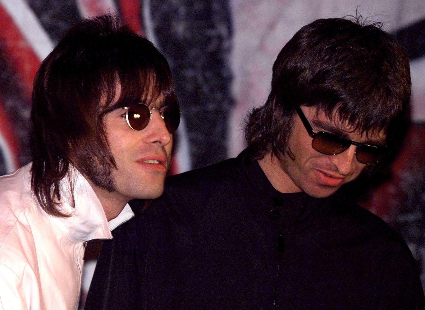 """""""Oasis"""" gali atsikurti: broliai Gallagheriai bando taikytis"""