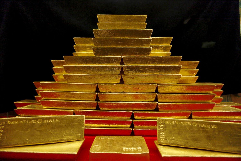 Auksas – atpigusi, bet perspektyvi investicija