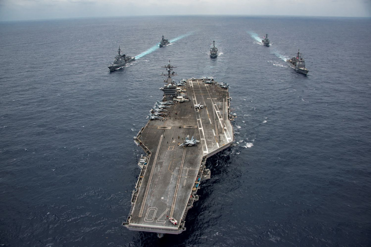 Blogi, geri ir puikūs vadovai: karinė lyderystės patirtis