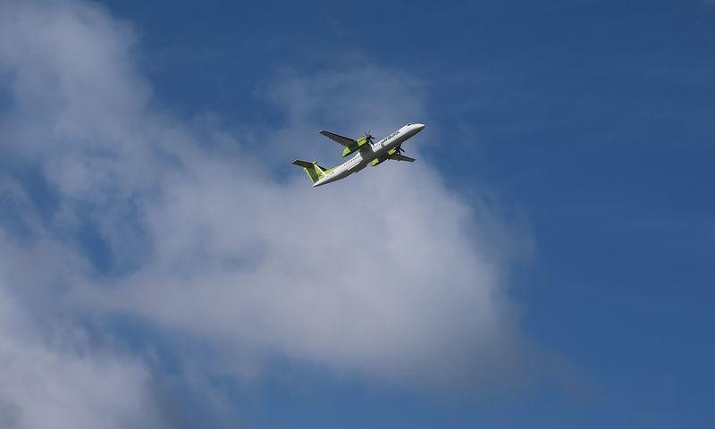 """Latvijos oro bendrovė """"airBaltic"""" praneša apie rekordinį pirmąjį 2018 m. pusmetį.  Vladimiro Ivanovo (VŽ) nuotr."""