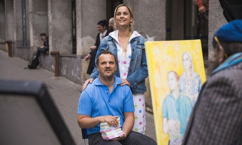 """Giedrius Savickis ir Inga Jankauskaitė filme """"Trys milijonai eurų"""". forumcinemas.lt nuotr."""