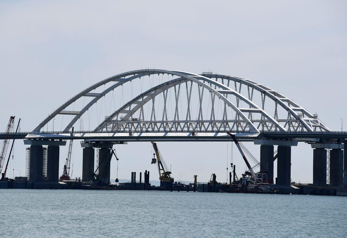 ES įvedė sankcijas Rusijos bendrovėms, prisidėjusioms prie Krymo tilto statybos