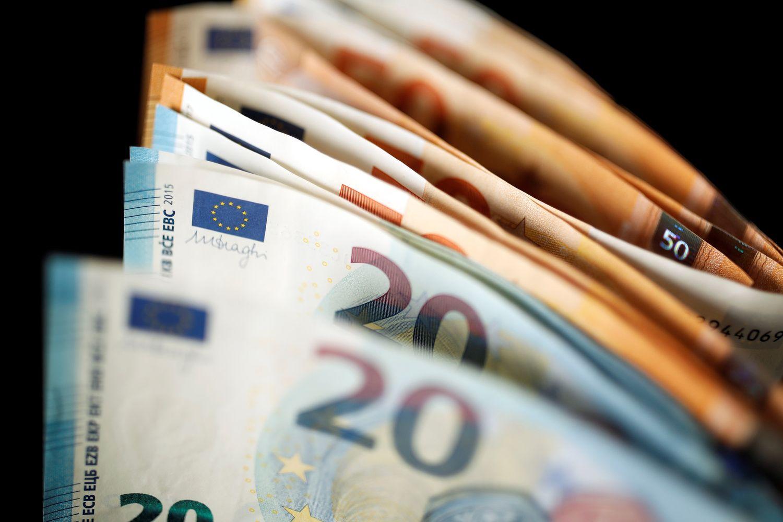 Per pirmąjį šių metų pusmetį centrinės valdžios perteklius – 360 mln.Eur
