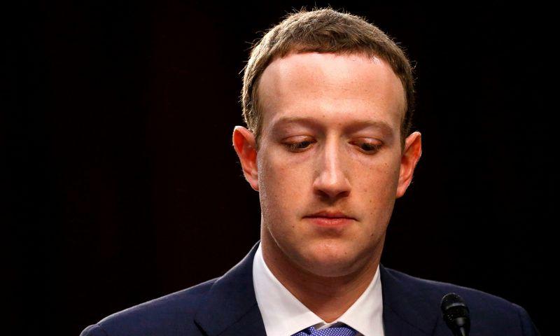 """Kompanijos """"Facebook"""" vadovas Markas Zuckerbergas. Leaho Milliso (""""Reuters"""" / """"Scanpix"""") nuotr."""