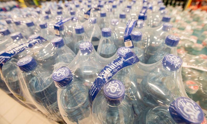 Porą savaičių Marijampolės gyventojai buvo priversti gerti parduotuvėse pirktą vandenį. Juditos Grigelytės (VŽ) nuotr.