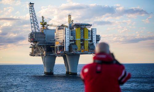 Geri laikai grįžo: Norvegija vėl pildo valstybinį naftos fondą