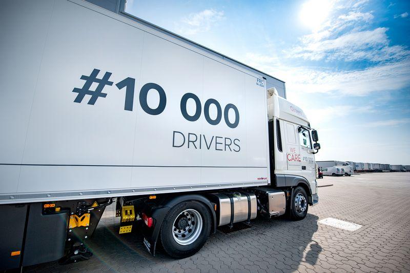 """""""Girteka Logistics"""" deklaruoja įdarbinusi jau 10.000 vairuotojų ir šį skaičių 2021 m. žada padvigubinti. Įmonės nuotr."""