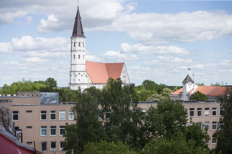 Šiaulių m. savivaldybė teigiamai vertina didžiųjų savo įmonių I pusmečio rezultatus. Vladimiro Ivanovo (VŽ) nuotr.