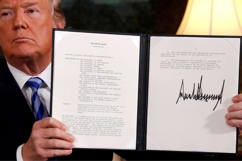 Vašingtonas grąžina griežtas sankcijas Iranui