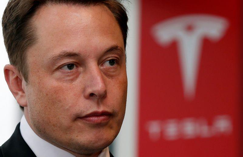 """Elonas Muskas, """"Tesla"""" įkūrėjas ir vykdomasis direktorius.  Toru Hanai (Reuters"""" / """"Scanpix"""") nuotr."""