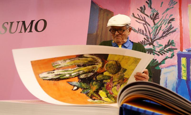 """1937 m. gimęs dailininkas Davidas Hockney laikomas vienu įtakinigiausių XX a. Didžiosios Britanijos menininkų. Kai Pfaffenbach (""""Reuters""""/""""Scanpix"""") nuotr."""