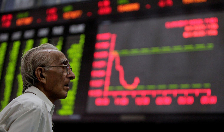 Stocks Rise on Trade Talk Hopes, Dollar Steadies: Markets Wrap