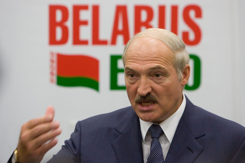 Lukašenka atleido dalį ministrų ir paskyrė naujus