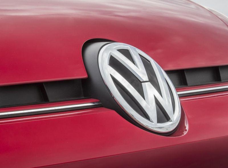 """""""Volkswagen"""" grupės automobiliai, kuriems neatliktas privalomas taršos sureguliavimas, bus išregistruojami. Gamintojo nuotr."""