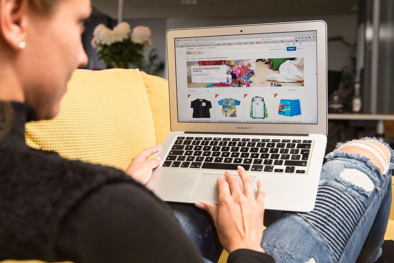 Vaikai skatina įsigyti kompiuterį ir interneto prieigą