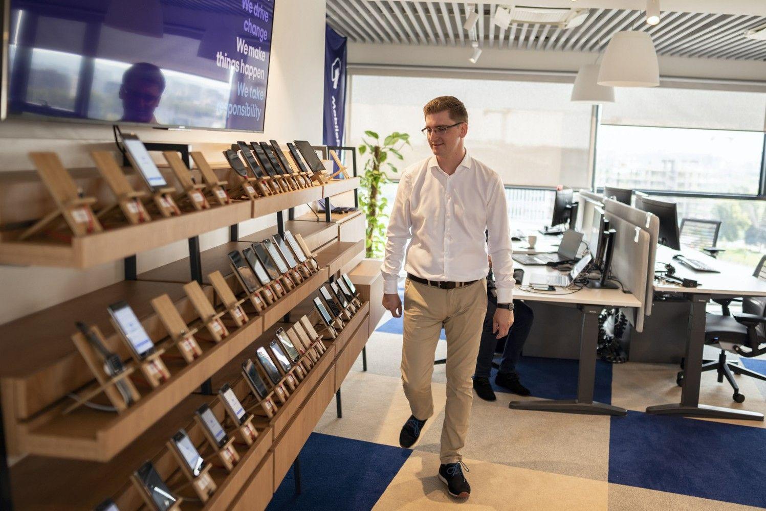 Mobiliųjų mokėjimų revoliucija: Skandinavijos rinkas užkariauja sprendimas prie kurio dirba lietuviai