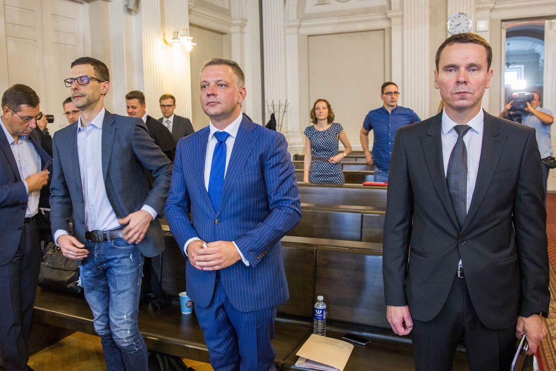 E. Masiulis ir jo gynėjas siekė korupcijos bylą perkelti į Konstitucinį Teismą