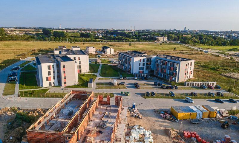 """Daugiabučių projektas Klaipėdoje """"Saulės butai"""". Bendrovės nuotr."""