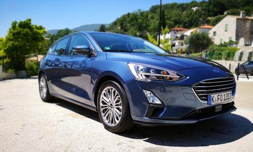 """VŽ bando naują """"Ford Focus"""": daugiau technologijų, mažiau išskirtinumo"""