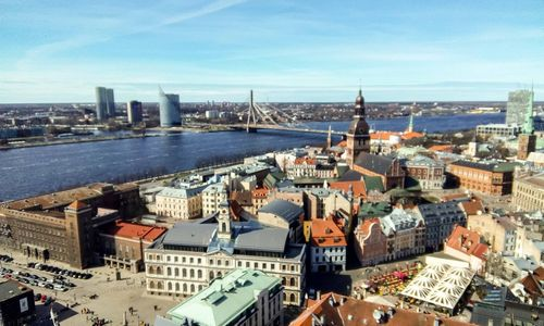 Latvijos BVP auga sparčiausiai tarp trijų Baltijos šalių