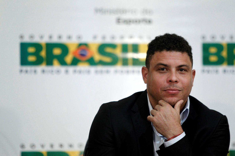 Buvusi brazilų futbolo žvaigždė Ronaldo įsigijo futbolo klubą Ispanijoje