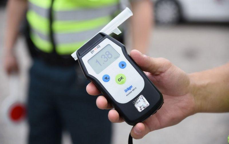 Vyriausybė pritarė neblaivių vairuotojų atsakomybės sugriežtinimui. VRM nuotr.
