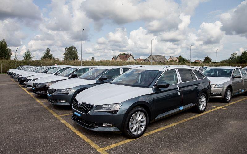 Naujų automobilių rinka išliko aktyvi ir rugpjūtį. Juditos Grigelytės (VŽ) nuotr.