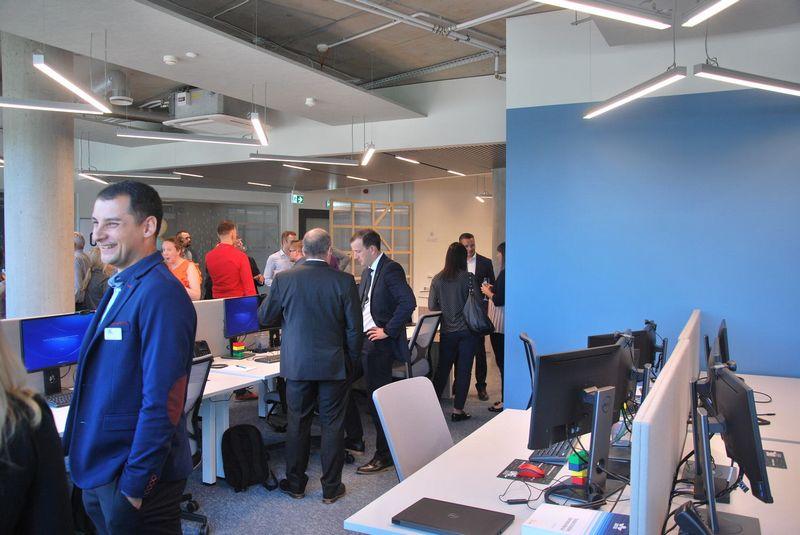 """Aviacijos IT įmonė OAG atidarė biurą verslo centre """"Kauno dokas"""". Vytauto Gaižausko (VŽ) nuotr."""