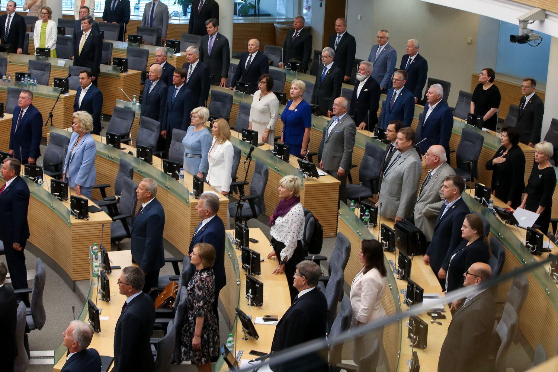 Trys rinkimų kampanijos turės įtakos prasidėjusiai Seimo sesijai